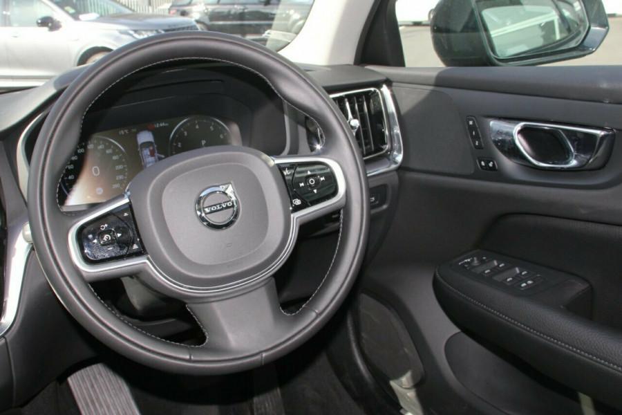 2019 MY20 Volvo S60 Z Series T5 Momentum Sedan Image 7