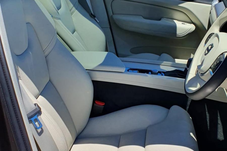2020 Volvo XC60 UZ T5 Momentum Suv Mobile Image 10