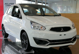 Mitsubishi Mirage Black Edition LA