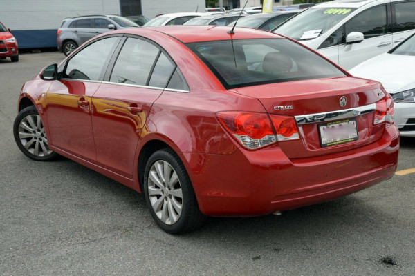 2011 Holden Cruze JG CDX Sedan Image 2