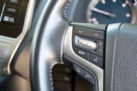 2019 Toyota Landcruiser Prado GDJ150R GXL Suv image 8