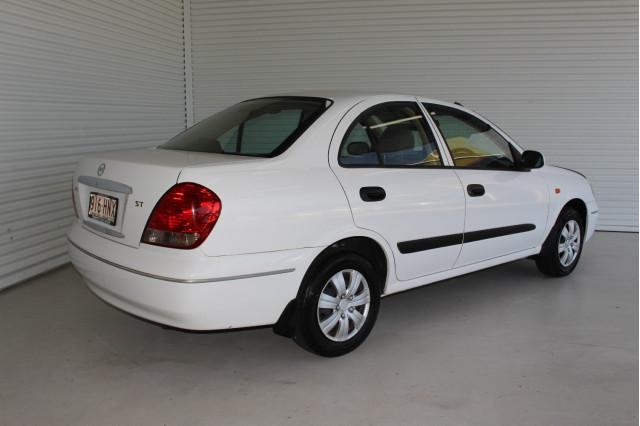 2003 Nissan Pulsar N16 S2 MY2003 ST Hatchback Image 2