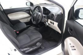 2013 MY14 Mitsubishi Mirage LA ES Hatchback Image 4