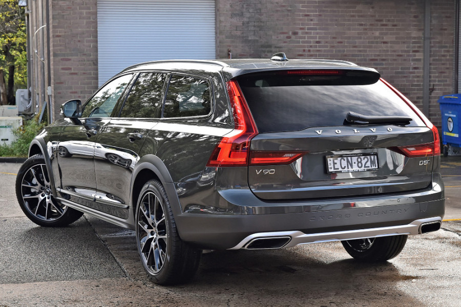 2019 MY20 Volvo V90 Cross Country D5 Wagon Image 4