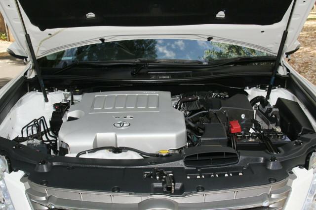 2014 Toyota Aurion GSV50R AT-X Sedan