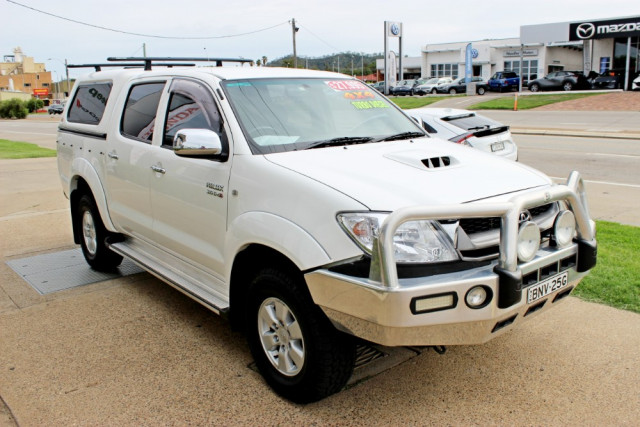 2010 Toyota HiLux KUN26R  SR5 Utility - dual cab Image 4