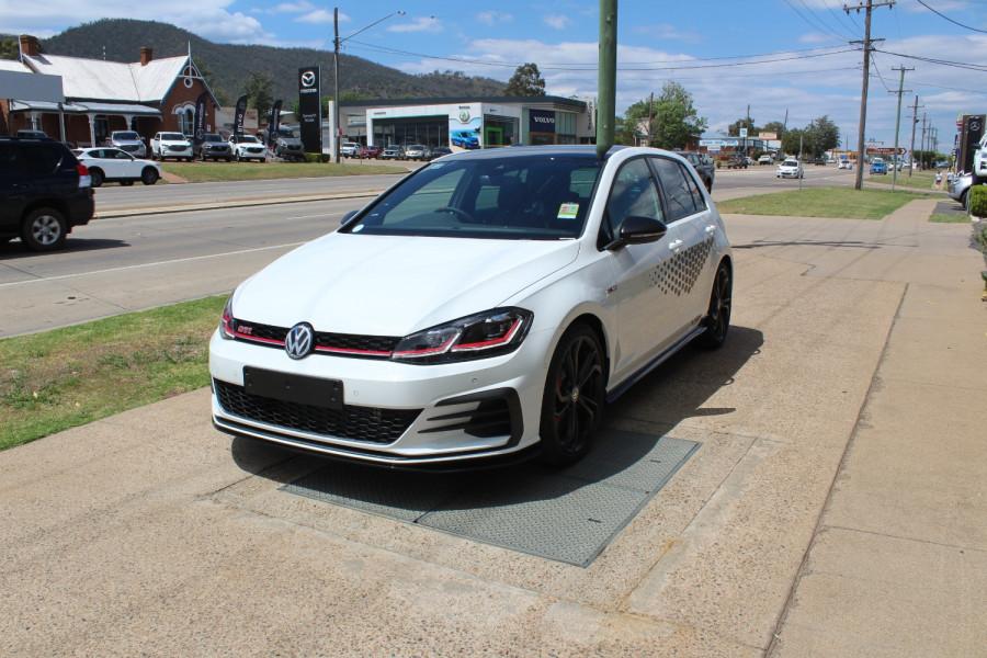 2020 Volkswagen Golf 7.5 GTi TCR Hatch Image 3