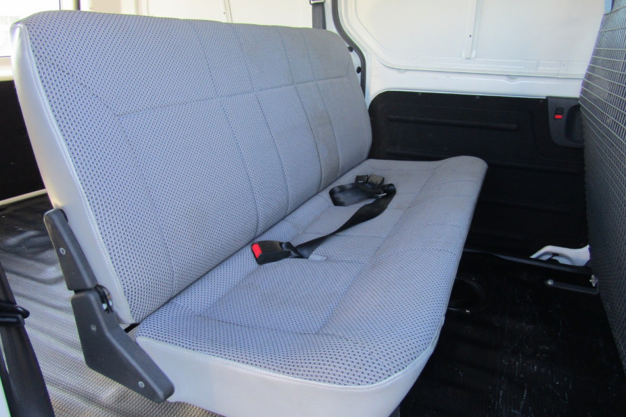 2013 MY14 Hyundai Iload TQ2-V MY14 Van Image 14