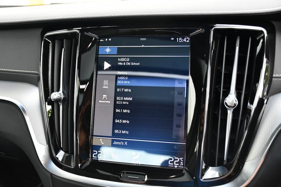 2019 MY20 Volvo S60 Z Series T8 R-Design Sedan Image 15