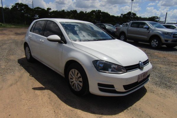 2015 MY16 Volkswagen Golf 7 92TSI Hatchback Image 3