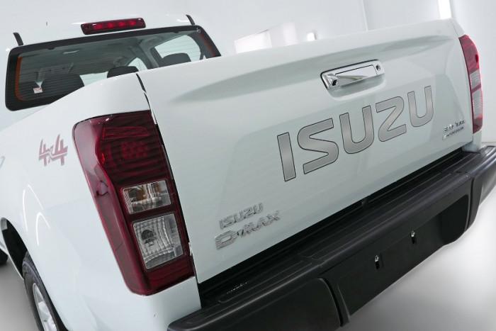 2019 Isuzu UTE D-MAX LS-M Crew Cab Ute 4x4 Utility Image 21