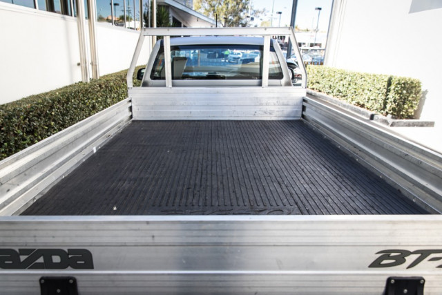 2019 Mazda BT-50 UR 4x2 2.2L Single Cab Chassis XT Cab chassis Mobile Image 15