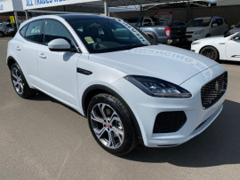 Jaguar E-PACE P250 - Chequered Flag X540  P250 Chequered