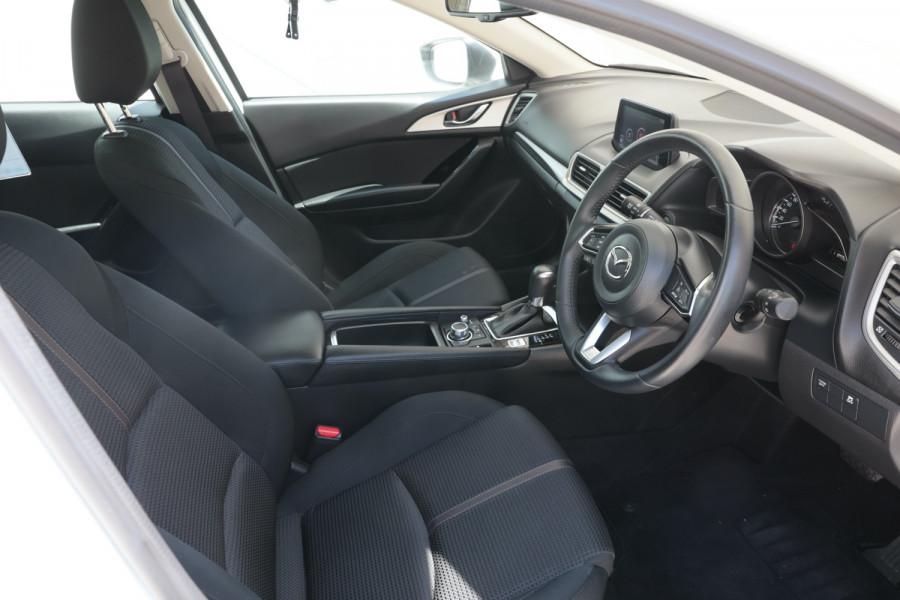 2018 Mazda 3 BN5478 Maxx Hatchback Image 9