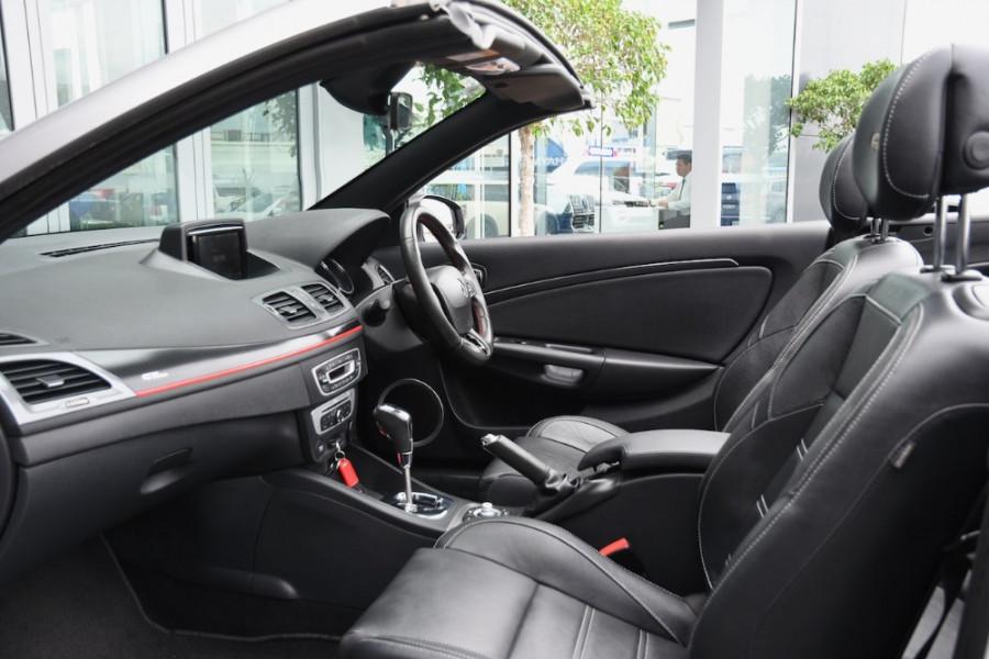 2015 Renault Megane III E95 Phase 2 GT-Line Convertible Image 6