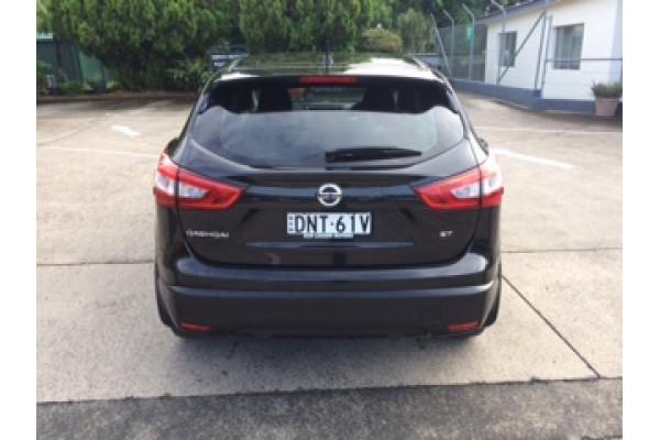2016 Nissan QASHQAI J11 ST Suv Image 3