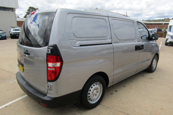 2014 Hyundai iLoad TQ2-V Van Van