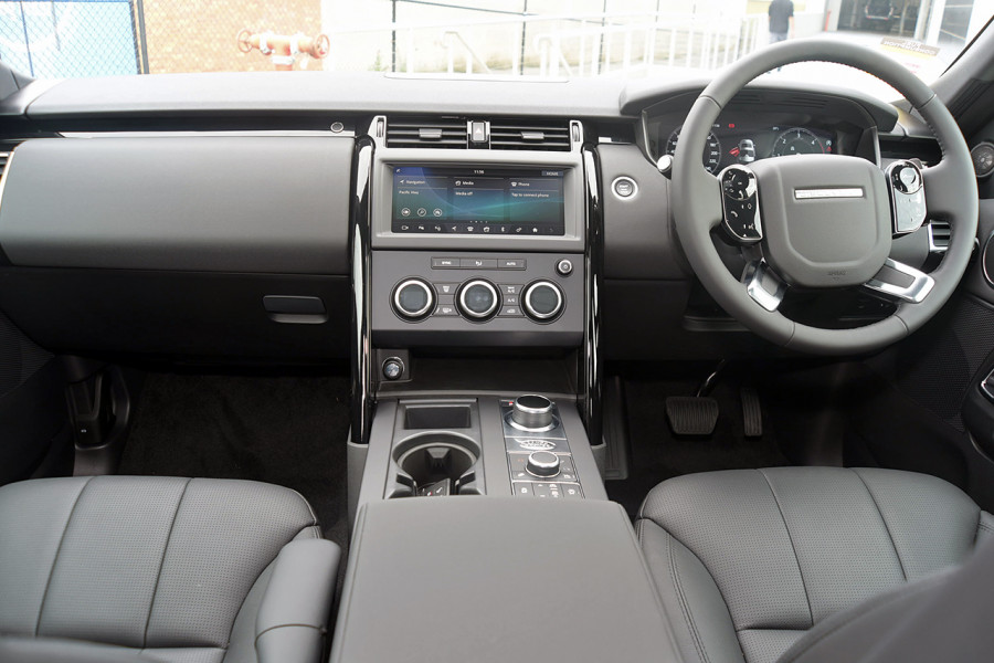 2019 Land Rover Discovery Series 5 SE Suv Mobile Image 10