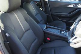 2017 Mazda 3 BN5436 SP25 Hatchback Image 5