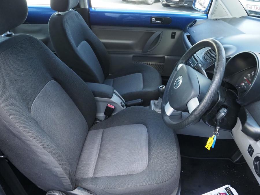 2005 Volkswagen Beetle 9C MY2005 Coupe Image 8