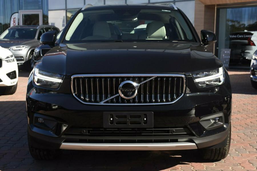 2019 Volvo XC40 T4 Inscription Suv Mobile Image 17