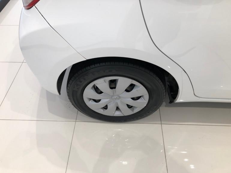 2013 Toyota Yaris NCP130R YR Hatchback Image 14