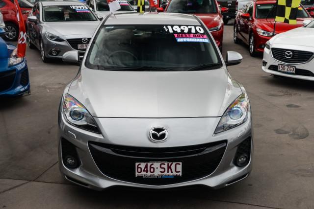2012 Mazda 3 Hatchback Image 3
