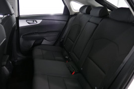 2019 MY20 Kia Cerato Hatch BD S with Safety Pack Hatchback Image 4