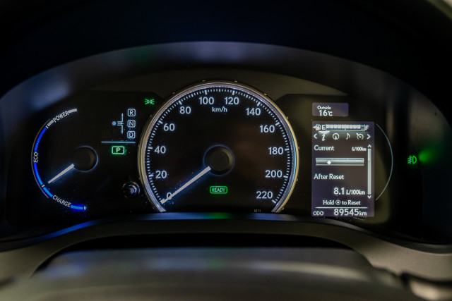 2016 Lexus Ct Hatchback Image 34