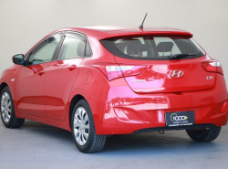2012 Hyundai I30 GD Active Hatch Image 3