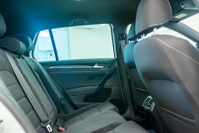 2017 MY18 Volkswagen Golf 7.5 R Grid Edition Hatch Image 23