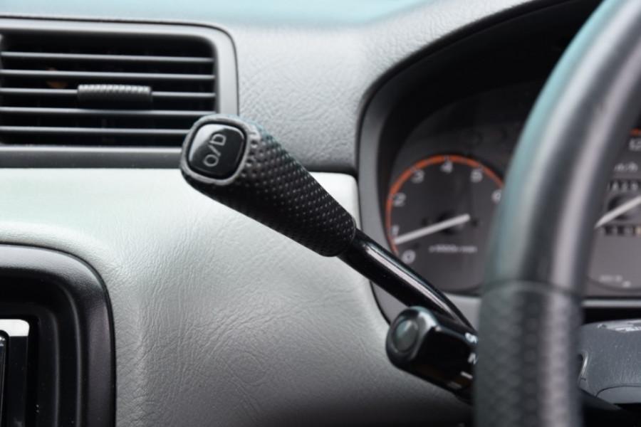 1999 Honda CR-V Suv Image 11