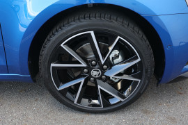 2020 MY0  Skoda Octavia NE Sport Wagon Wagon Image 5