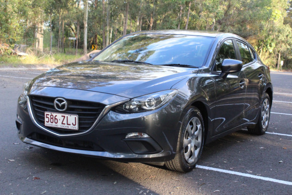 2014 Mazda 3 BM5478 Neo Hatchback Image 4