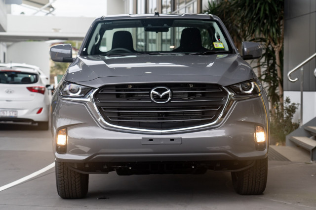 2021 Mazda BT-50 TF XT 4x4 Single Cab Chassis Cab chassis Mobile Image 4
