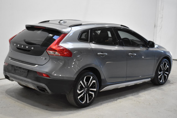 2017 Volvo V40 Cross Country (No Series) MY18 T5 Pro Hatchback