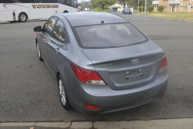 2018 Hyundai Accent RB Sport Sedan Image 5