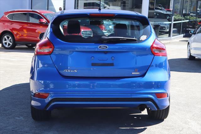 2016 Ford Focus LZ Sport Hatchback Image 4