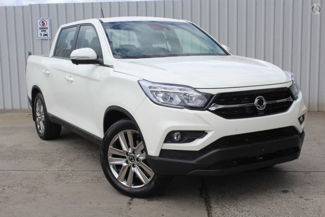 2020 SsangYong Musso Ultimate 1 of 25