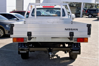 2020 Nissan Navara D23 Series 4 RX Cab chassis Image 5