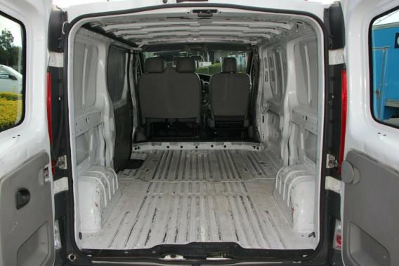 75af2e27fa Print 2014 Renault Trafic X83 Phase 3 Low Roof LWB Quickshift Van ...
