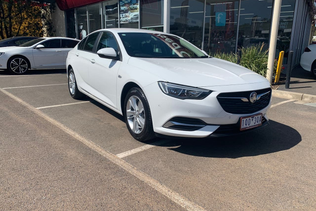 2018 Holden Commodore LT 1 of 19
