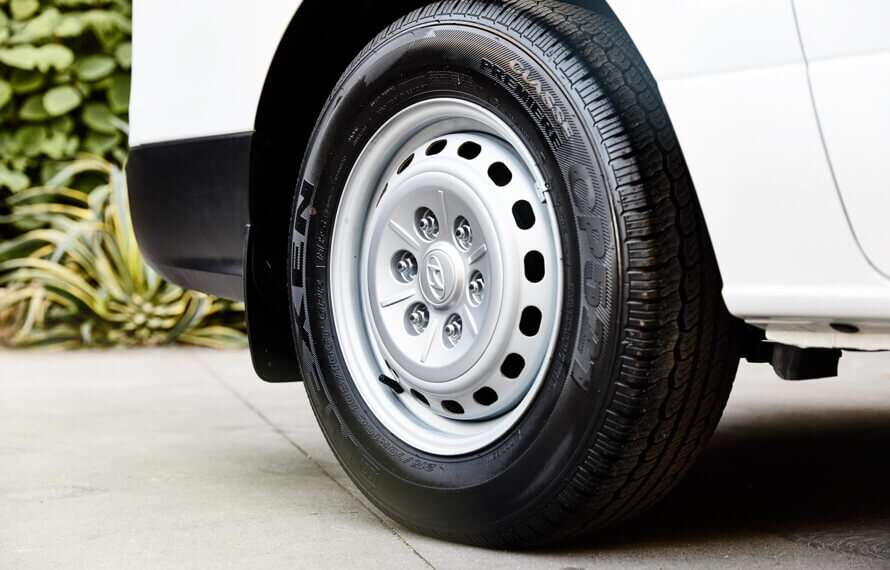 iLoad 16-inch steel wheels.
