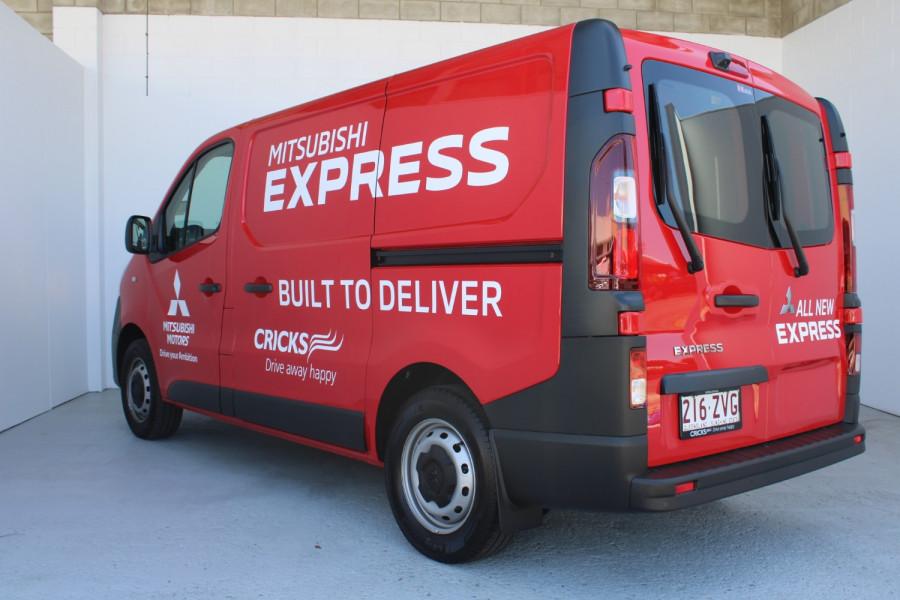 2020 Mitsubishi Express GLX SWB Manual Image 4