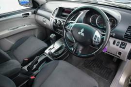 2009 MY10 Mitsubishi Challenger PB (KH) MY10 LS Wagon Mobile Image 7
