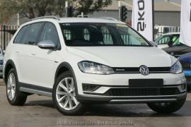 Volkswagen Golf Alltrack DSG 4MOTION 132TSI 7.5 MY19.5