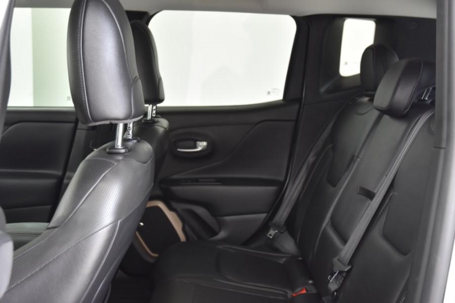2015 Jeep Renegade BU Limited Hatchback Image 7