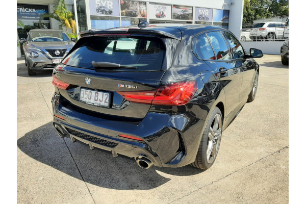 2021 BMW 1 Series Hatchback Image 5