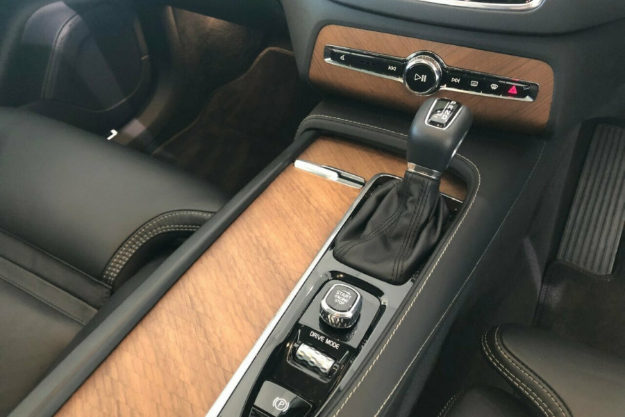 2018 MY19 Volvo XC90 L Series T6 Inscription Suv Mobile Image 17
