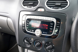 2010 Ford Focus LV XR5 TURBO Hatchback image 8